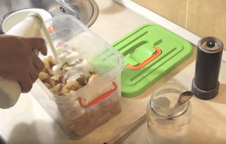 Как вкусно замариновать куриный шашлык в кефире