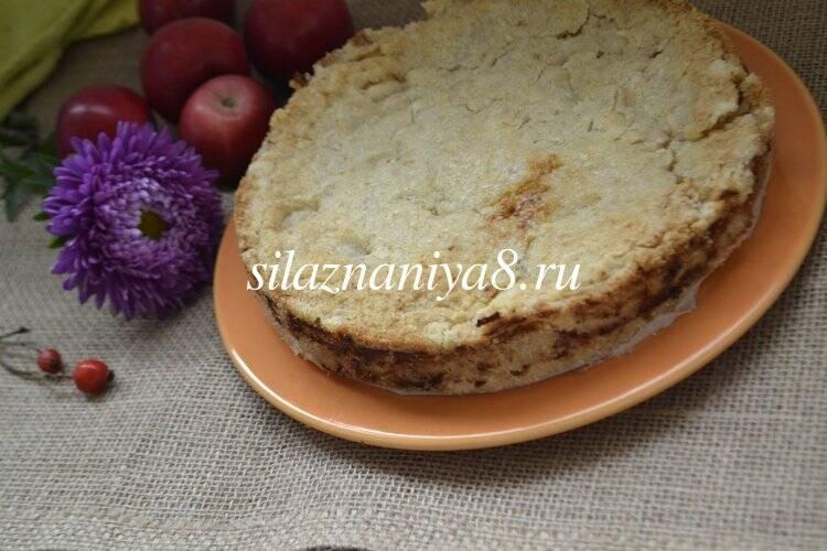 Насыпной яблочный пирог три стакана