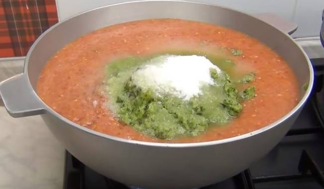 Густой соус из помидор на зиму