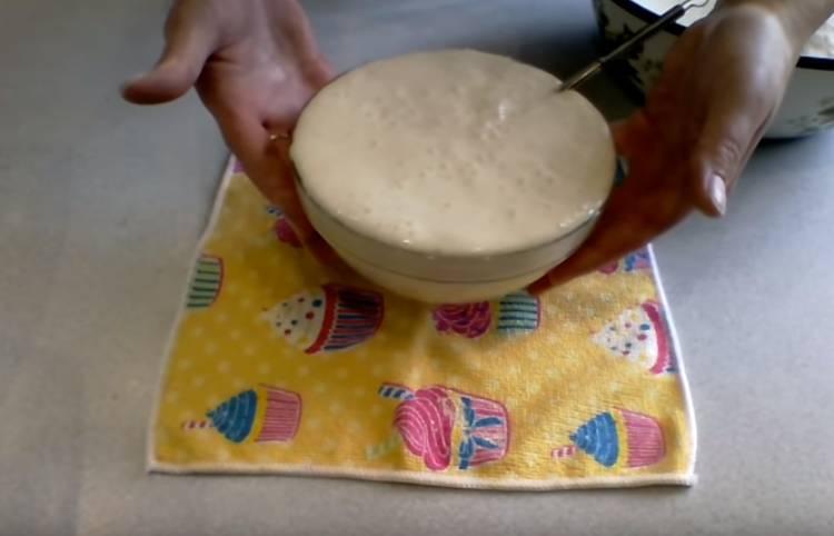 Духовые пирожки с вишней как пух