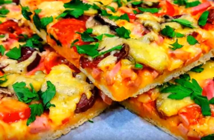 пицца с грибами шампиньонами с колбасой