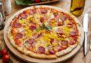 пицца с колбасой и сыром в домашних условиях