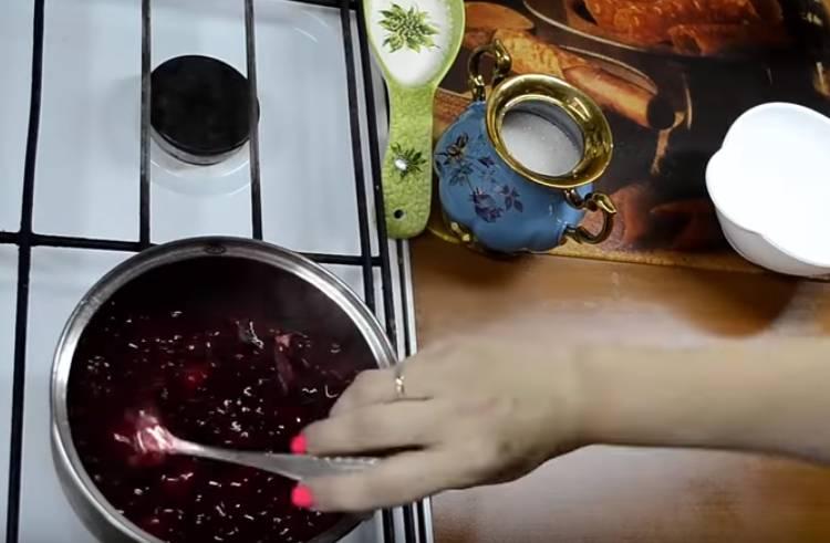 Начинка из вишни с крахмалом для пирожков