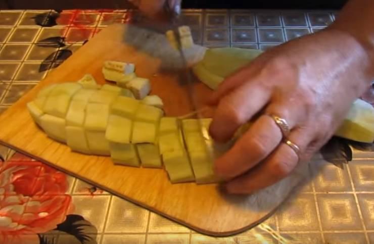 Баклажаны как грибы с приправой и майонезом