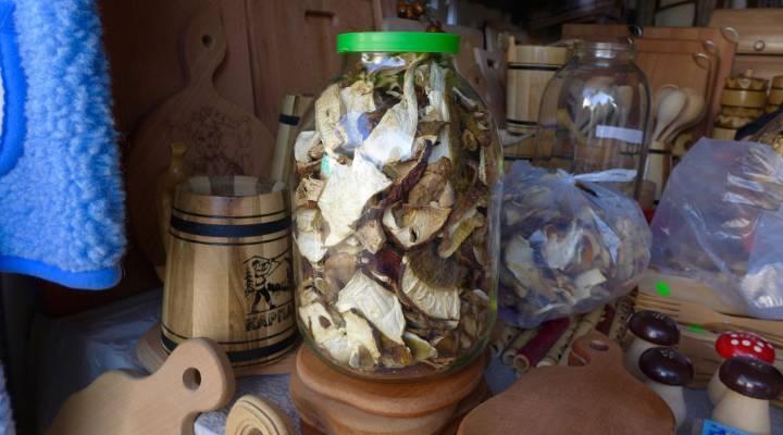 грибы в банке стеклянной