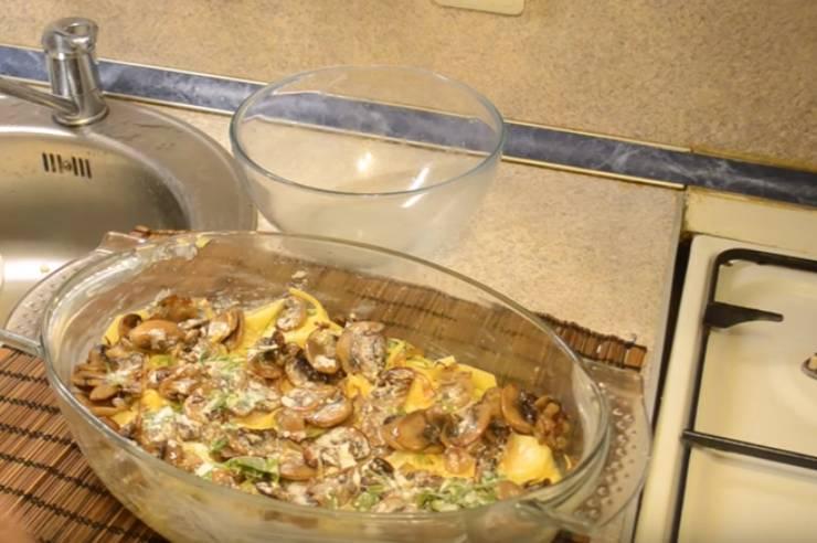 картошка с грибами мясом и сыром в духовке
