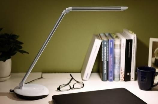 светильник настольный на учительский стол