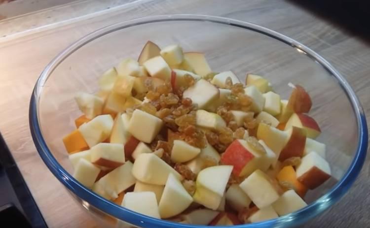 тыква кусочками с яблоками в духовке