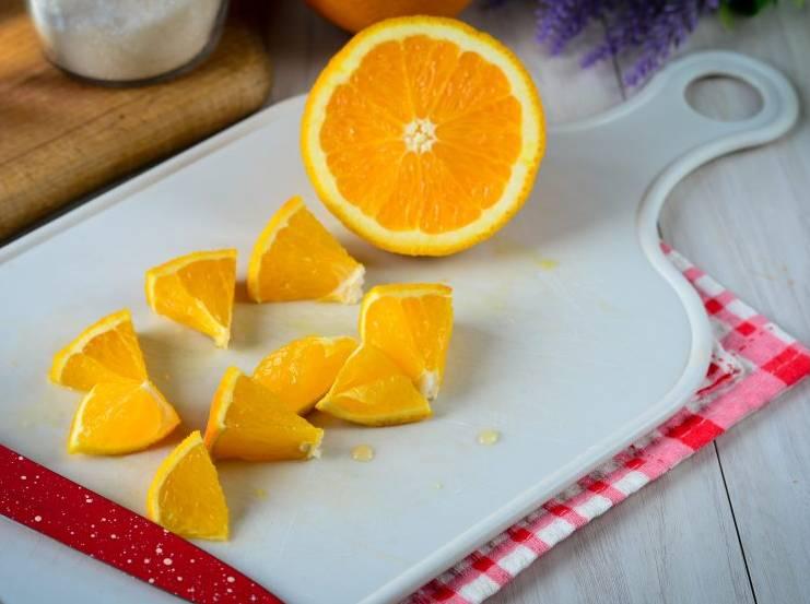 апельсин кусочками