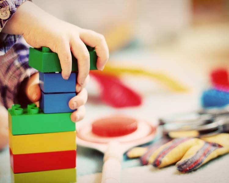 игрушка для ребенка на новый год