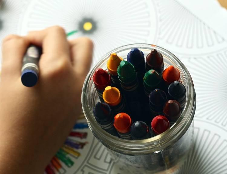 карандаши для ребенка в подарок