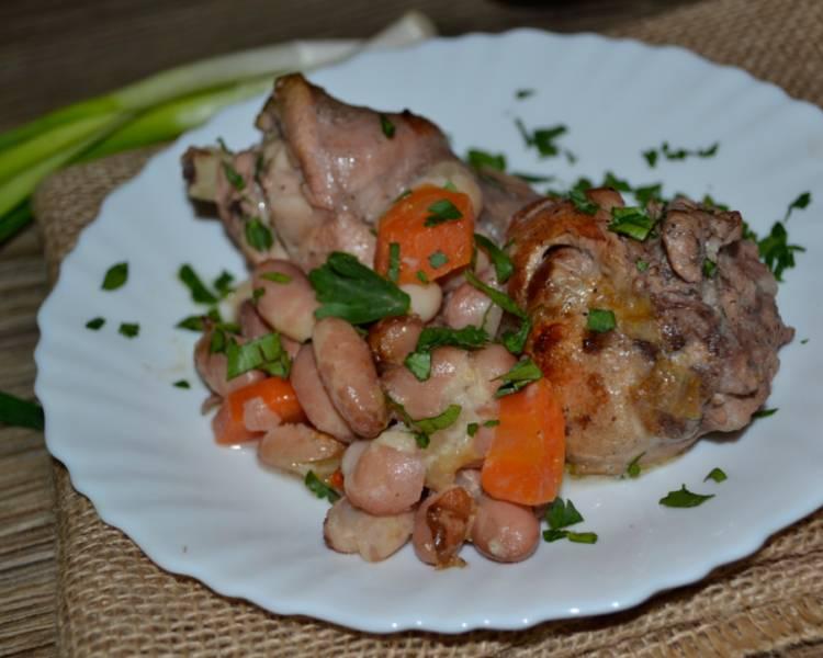 мясо кролика в духовке в сметане