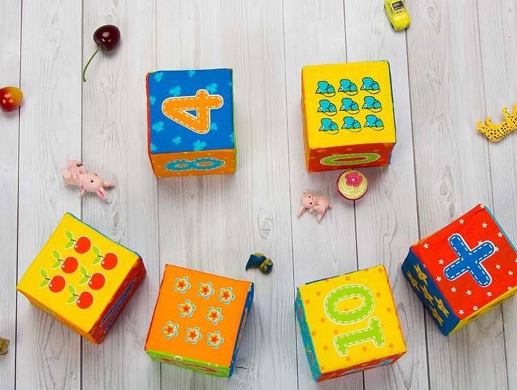 кубики с цифрами