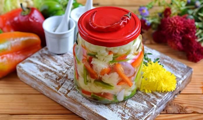 Салат из цветной капусты на зиму с перцем