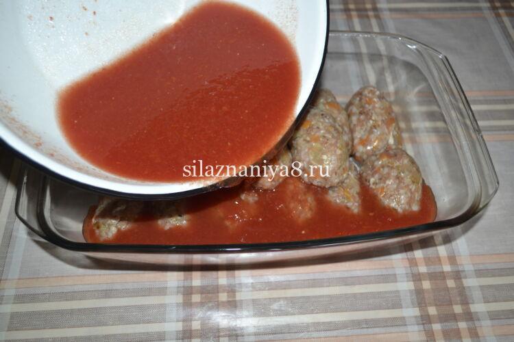 Котлеты из свинины в духовке с подливой