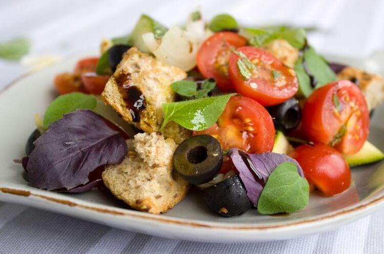 Цезарь салат с курицей