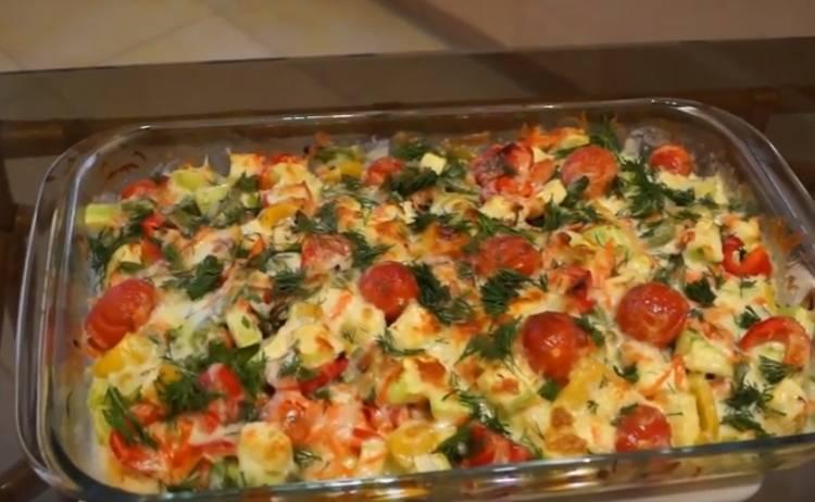 куриное филе с овощами в духовке под сыром