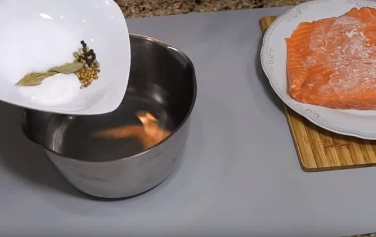 соленая семга быстрая в рассоле
