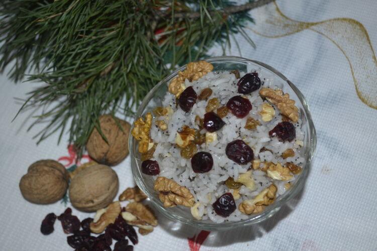 кутья на рождество из риса с изюмом и медом