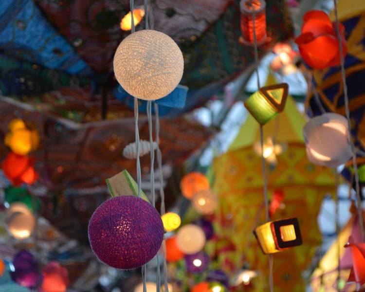 фонарики и лампочки