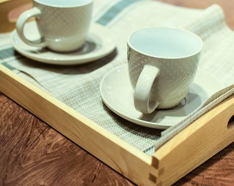 столик поднос для завтрака