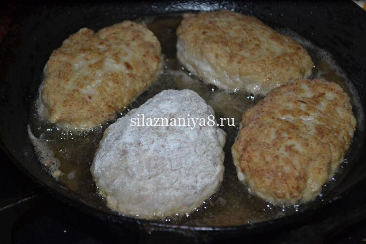 котлеты из куриного фарша мягкие и нежные на сковороде