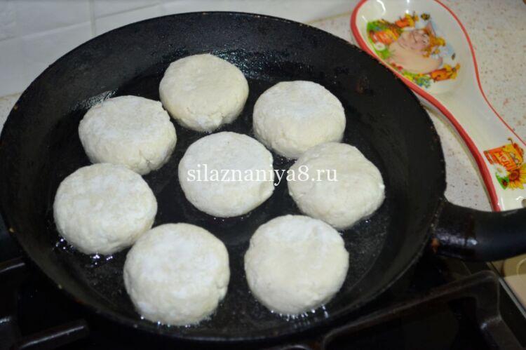 сырники на сковороде из творога без яиц