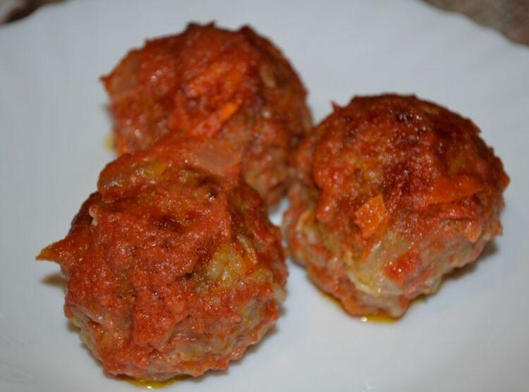 тефтели в томатно сметанном соусе в духовке