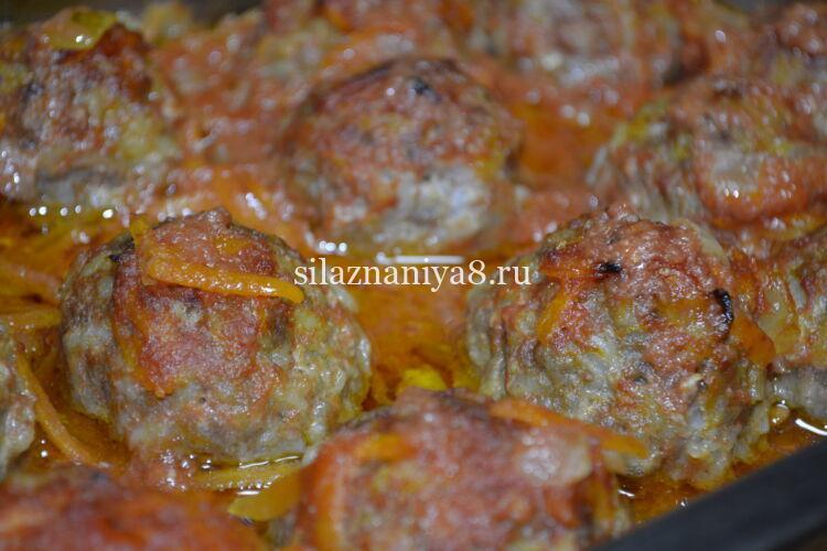 тефтели с рисом в томатно сметанном соусе в духовке