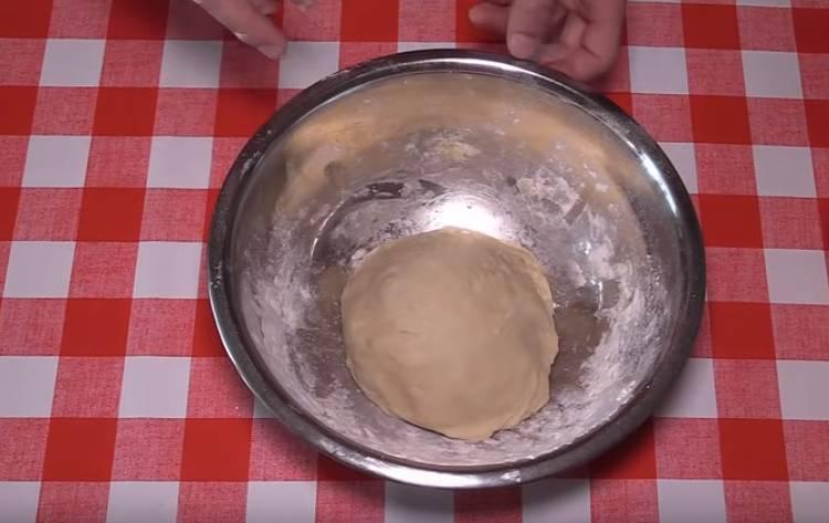 быстрое тесто на кефире для пирожков и булочек