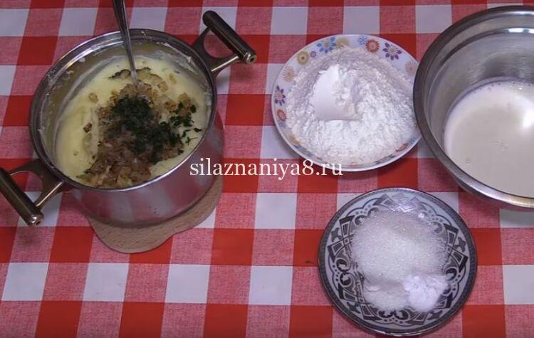 Лепешки с картошкой на сковороде