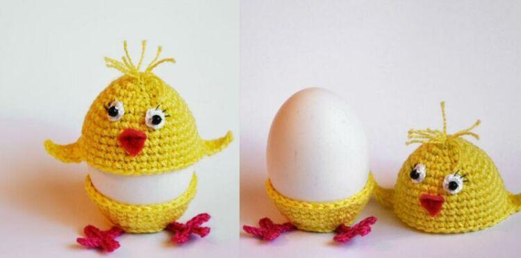 Вязаная подставка для пасхальных яиц крючком + схемы работы и описание