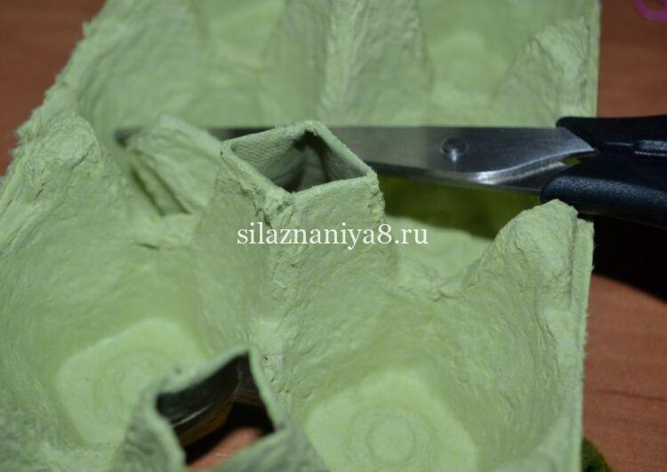 Подставка для яиц на Пасху своими руками из яичных лотков