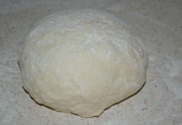 Тесто для пельменей и вареников на кефире