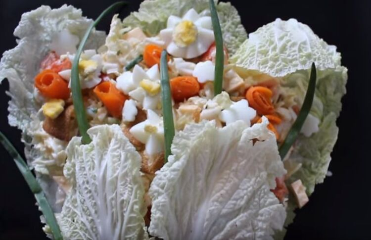 салат букет цветов на 8 марта