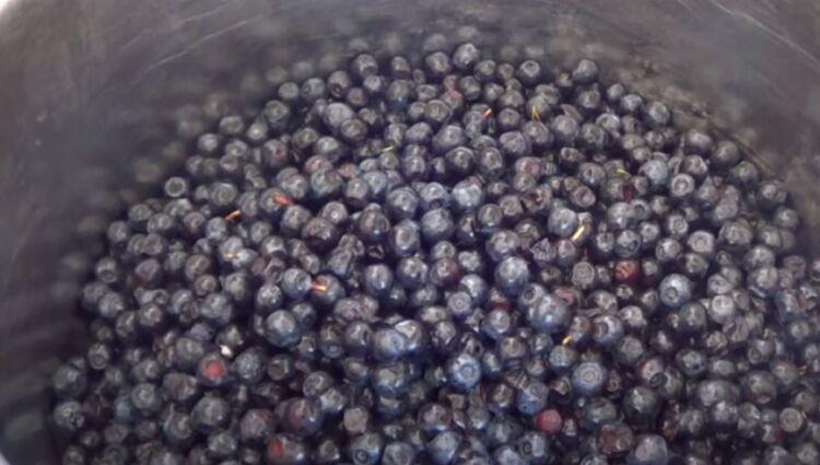 Варенье из черники с целыми ягодами