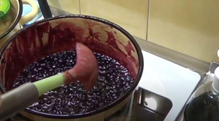 Простой рецепт варенья пятиминутка из черники