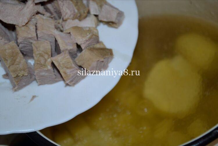 Украинский капустняк с пшеном и квашеной капустой
