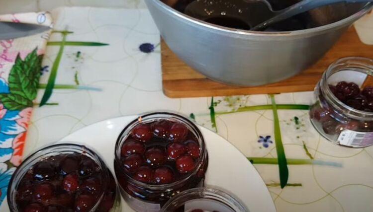 вишневое варенье без варки ягод с увариванием сиропа