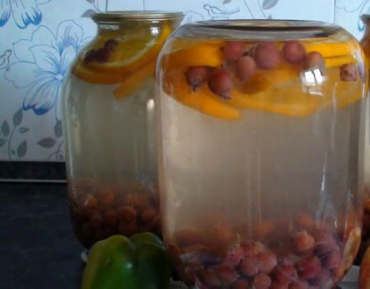 Компот из крыжовника с апельсином на 3 литровую банку