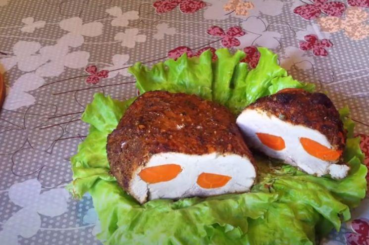 буженина по-домашнему с морковью и чесноком