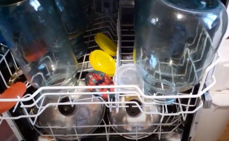 как стерилизовать банки в посудомойке