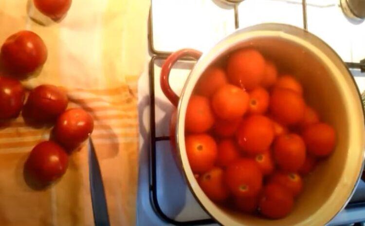 помидоры в собственном соку без уксуса и кожицы на зиму