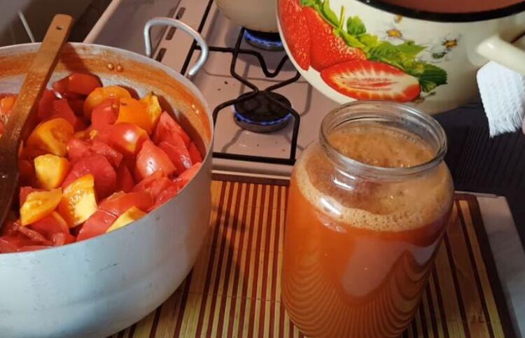 рецепт томатного сока в банках с солью