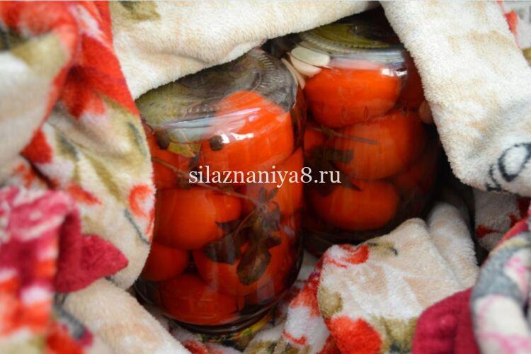 помидоры маринованные с лимонной кислотой на зиму в 1.5 литровых