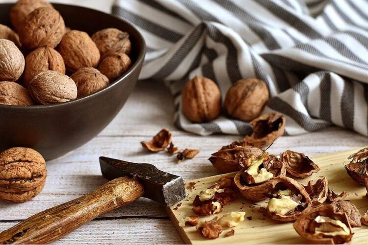 перегородки грецких орехов