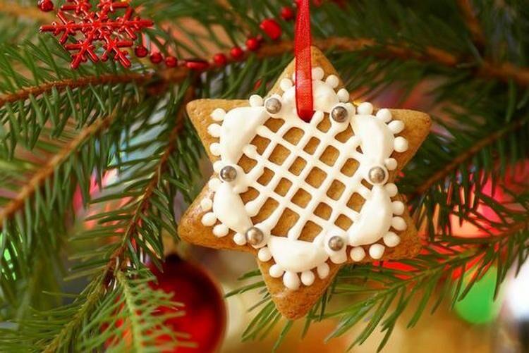 елка украшение имбирным печеньем