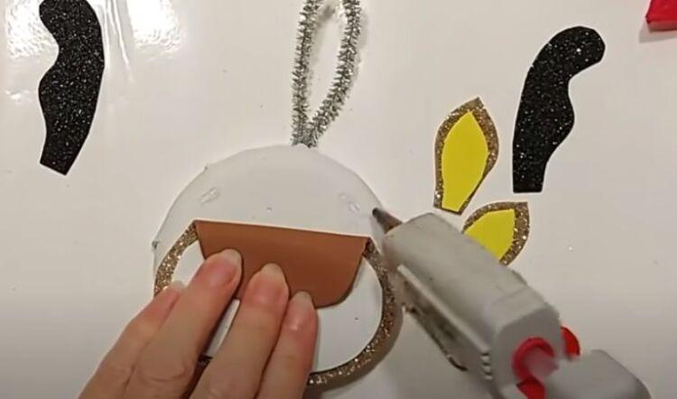 поделка из подручных материалов на елку