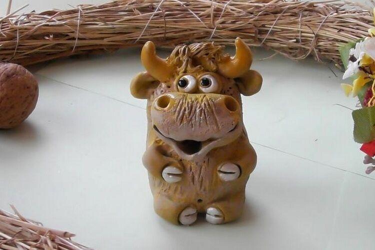 фигурка бычка
