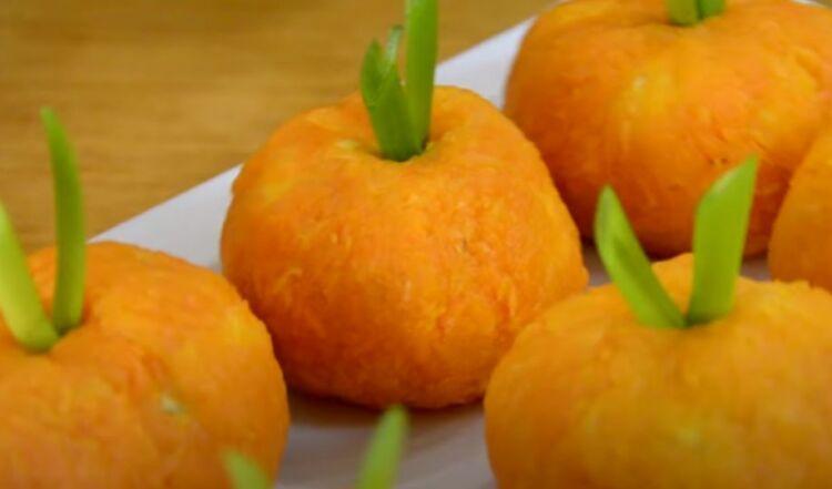 Новогодняя сырная закуска мандарины с ветчиной